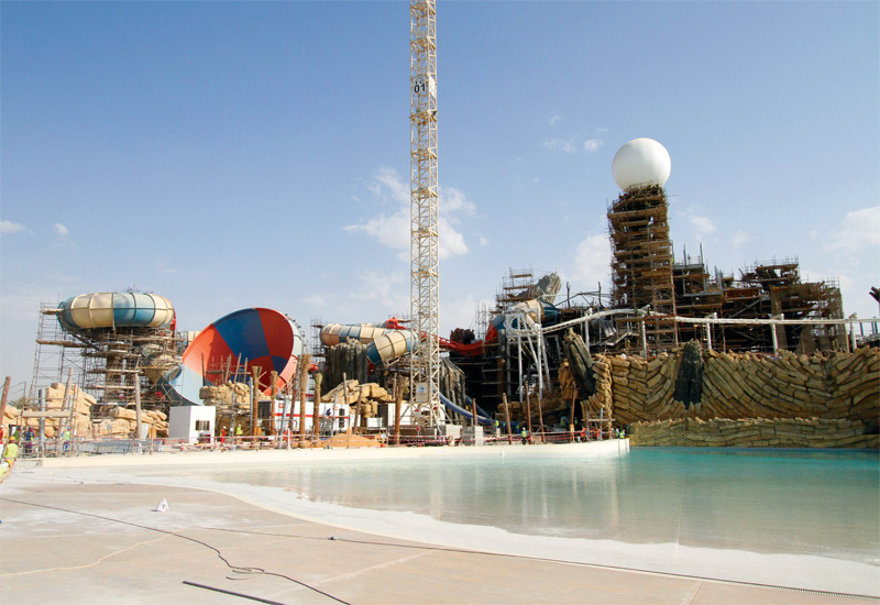 Yas Waterworld's wave pool is powered by wave generators using pneumatic air blowers.