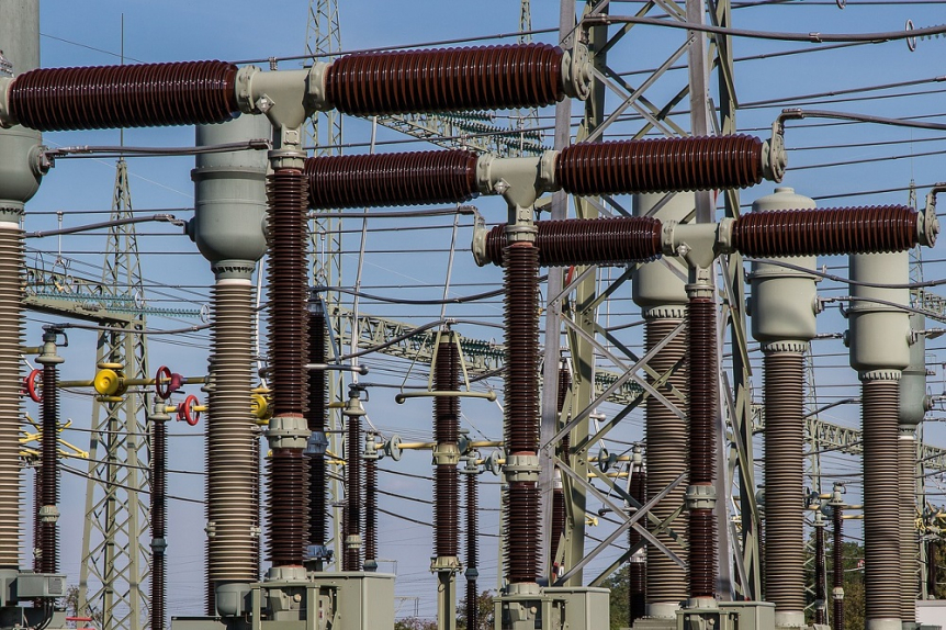 Birds, Power outages, Substation